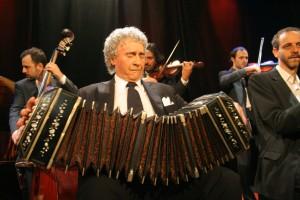 Color-Tango-Director-Primer-bandoneon-Roberto-Alvarez-3453a8e873b9e3c